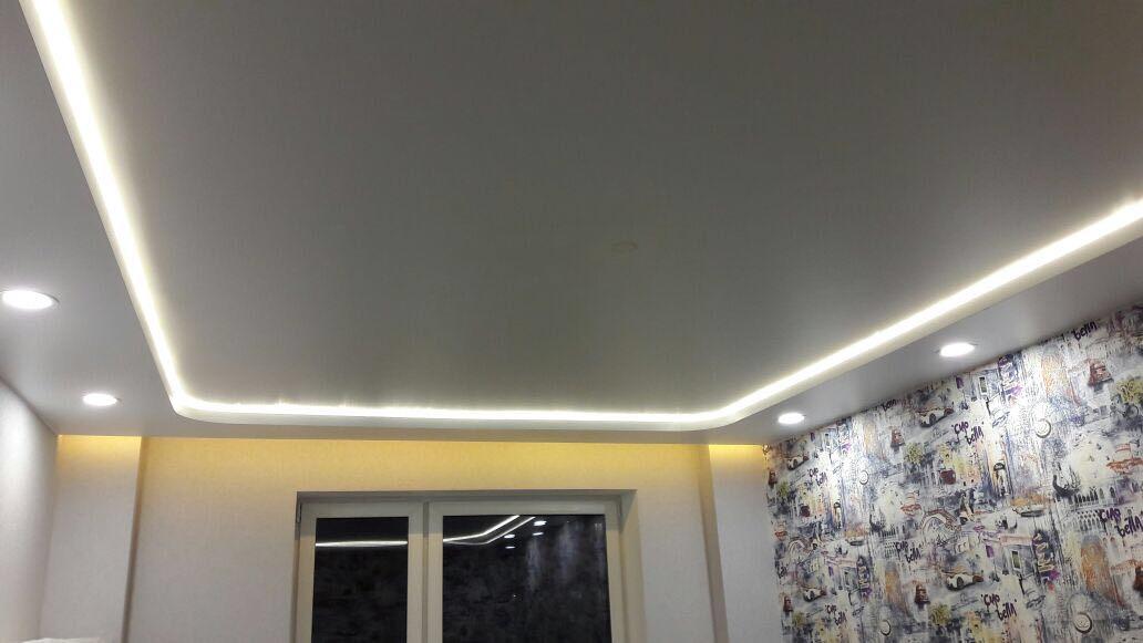 Выбираем освещения для натяжных потолков